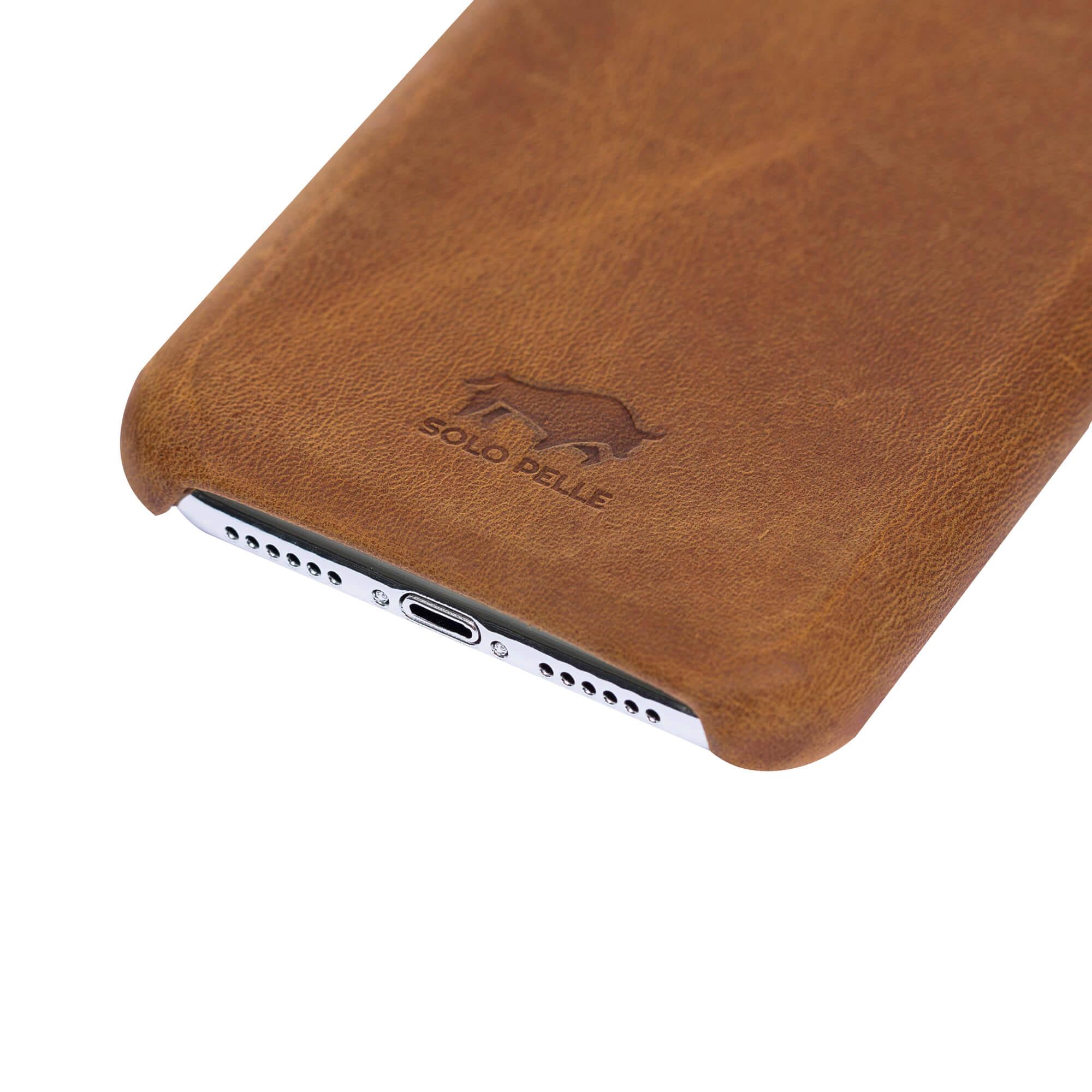 """iPhone XR Lederhülle - """"Princeton"""" - in Camel Braun"""
