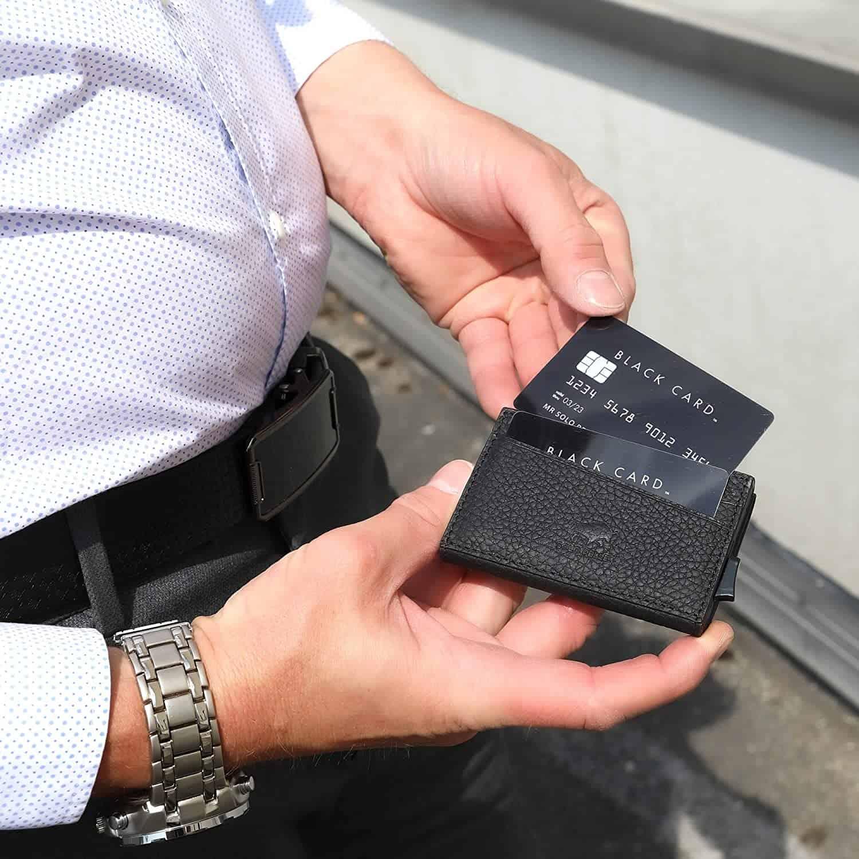 """Kreditkartenetui """"Mech"""" mit RFID Schutz & Kleingeldfach in Schwarz"""