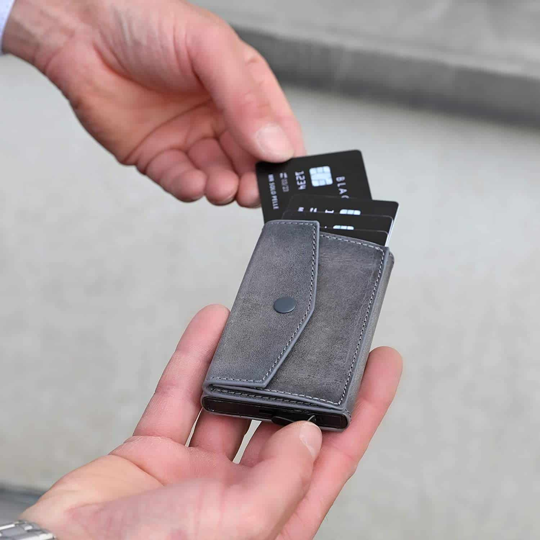"""Kreditkartenetui """"Mech"""" mit RFID Schutz & Kleingeldfach in Steingrau"""