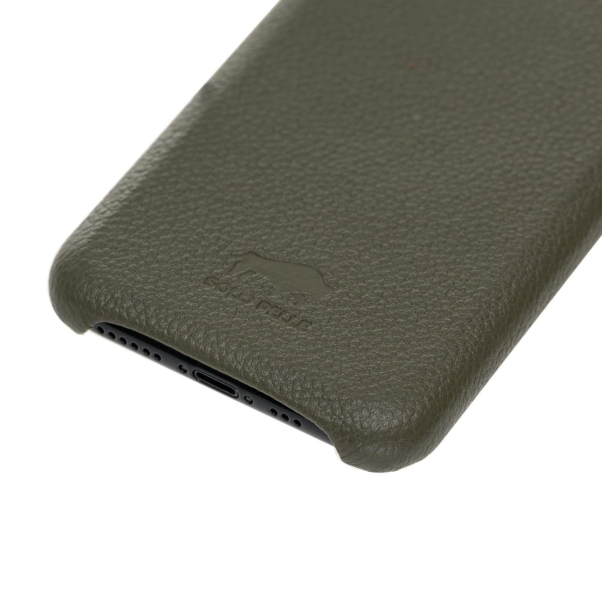 Solo Pelle Lederhülle für das iPhone 11 Pro in 5.8 Zoll Stanford (Nachtgrün)