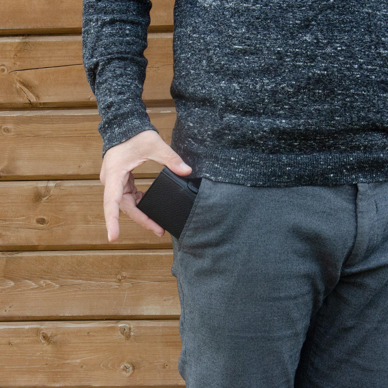 Slim Wallet mit Münzfach [12 Karten] Riva [RFID-Schutz] mit Münzfach (Matt Schwarz)